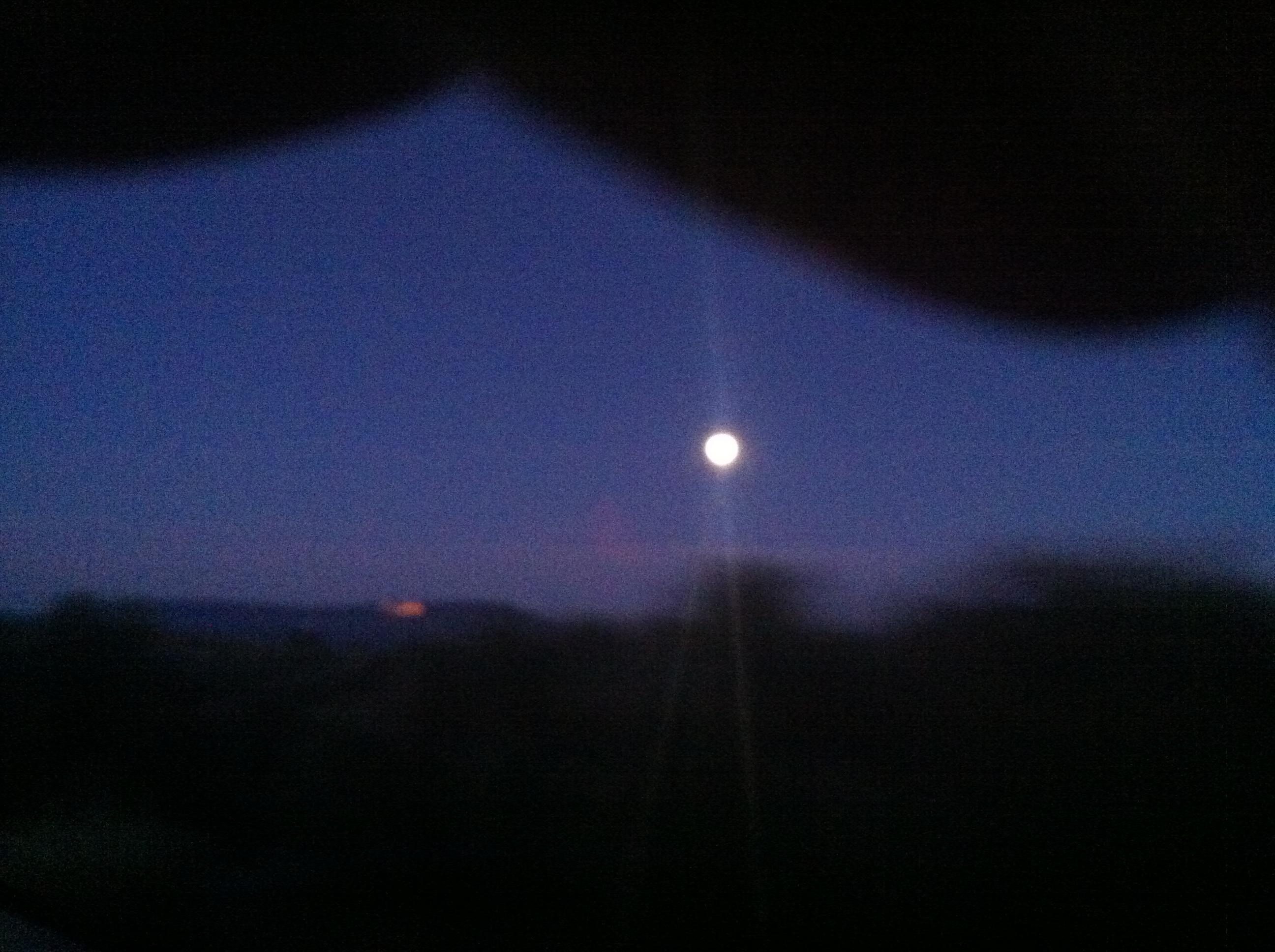 La luna de enero clara